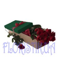 A box of 11 red roses